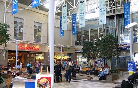food plaza op vliegveld