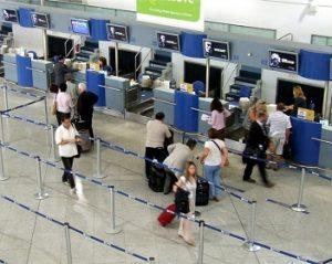inchecken op vliegveld