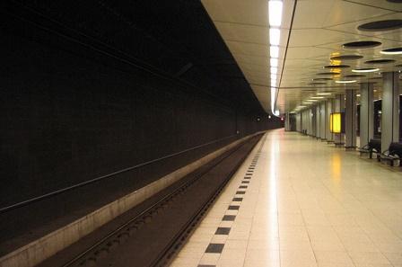 schiphol trein station